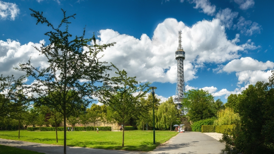 Petrin_Tower
