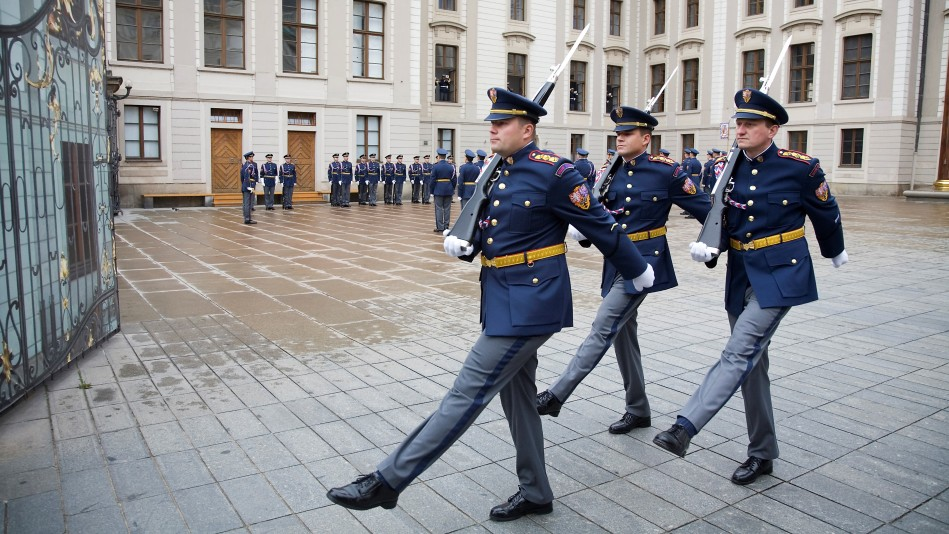 Prague Castle Guards will get new uniforms