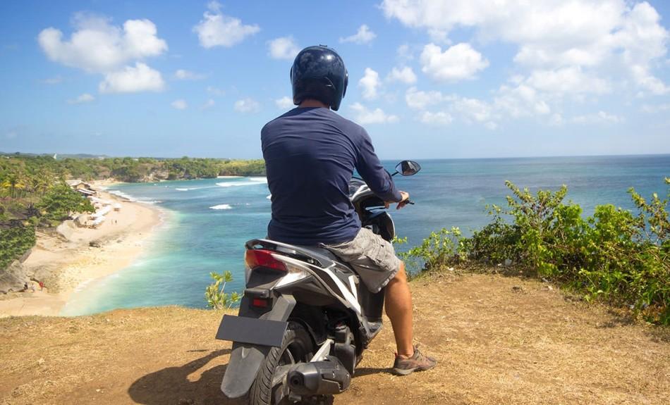 bali-motorbike-rentals-czech