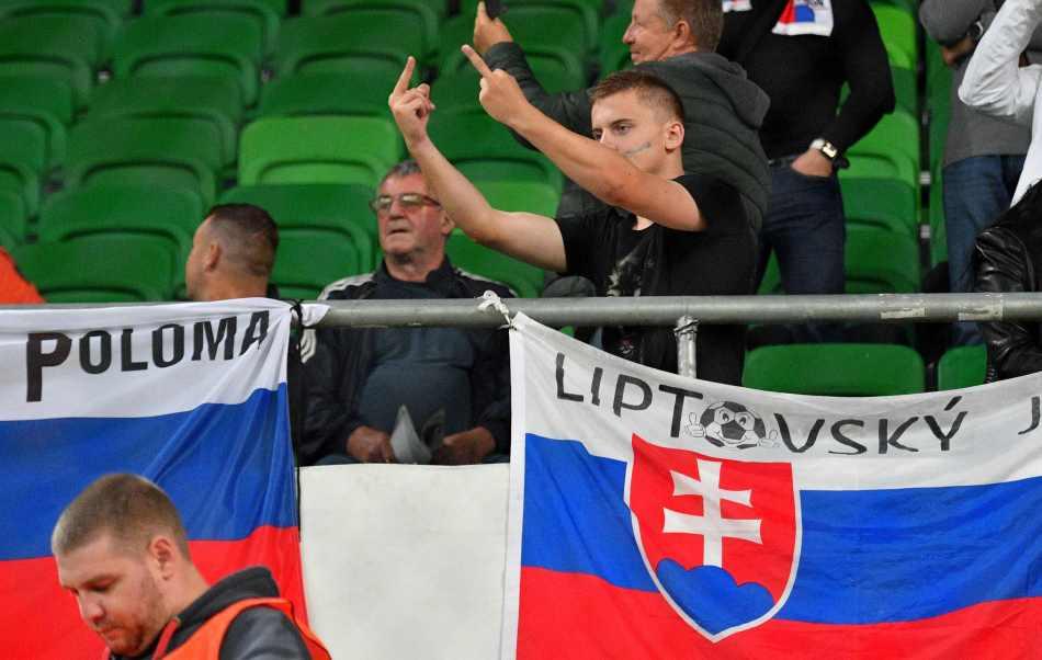 slovakia-fans-hungary