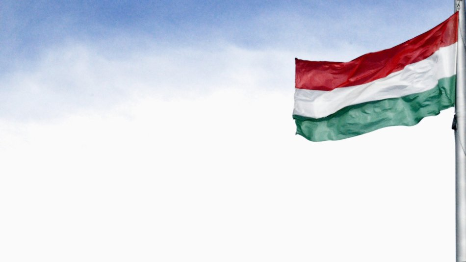 hungarian-flag-identity.jpg