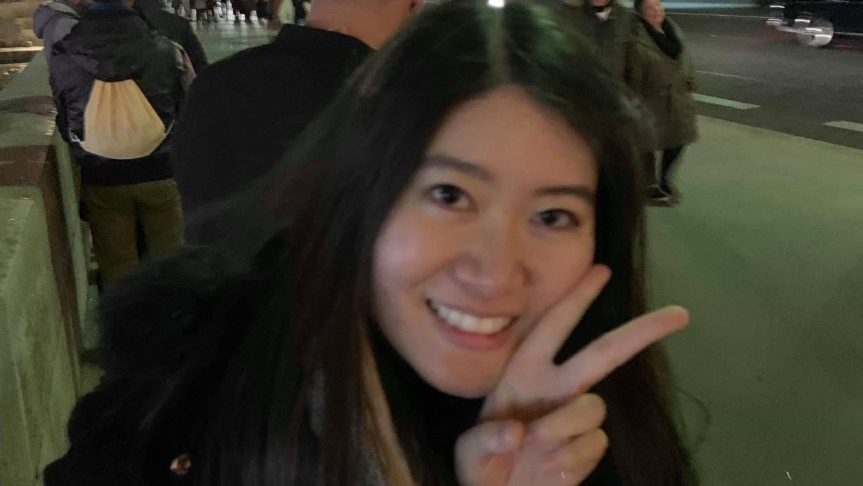 Rada, a Thai student in Poland, in Paris